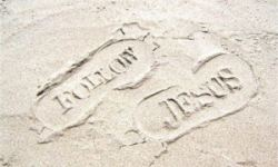 Follow Jesus by Susan Helmuth free photo #5035